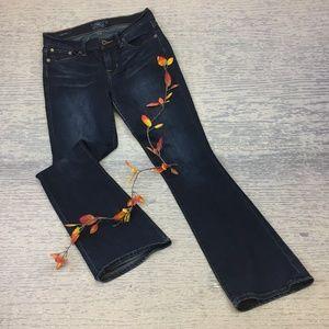 Lucky Brand sweet boot dark wash jean